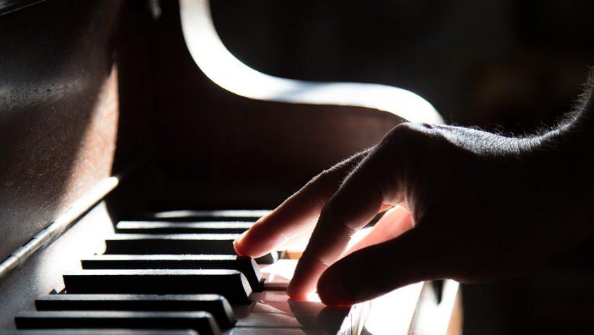 Le piano, très sollicité lors des cours d'apprentissage